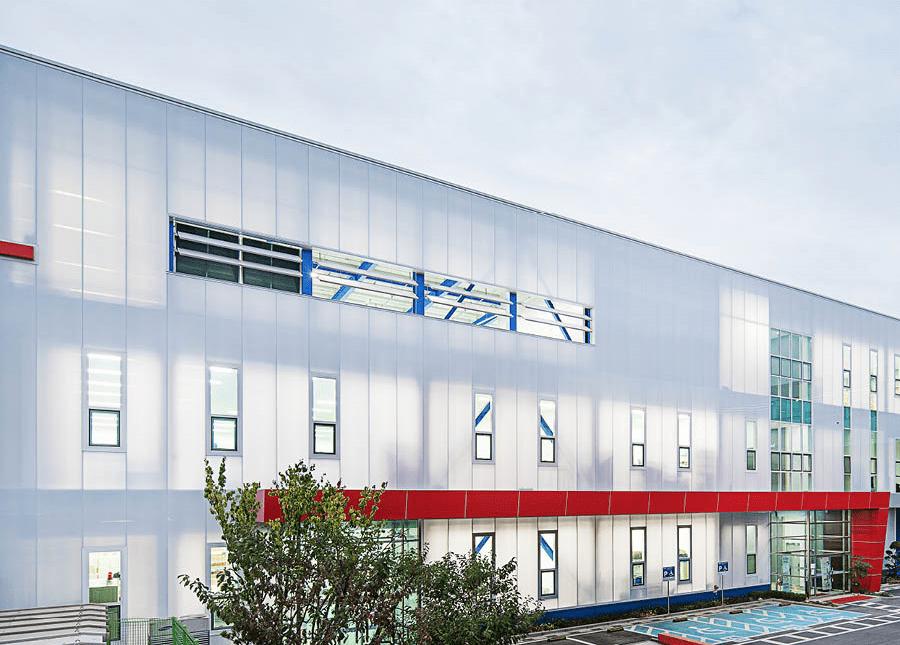 Un material de fachada para controlar pasivamente la luz natural