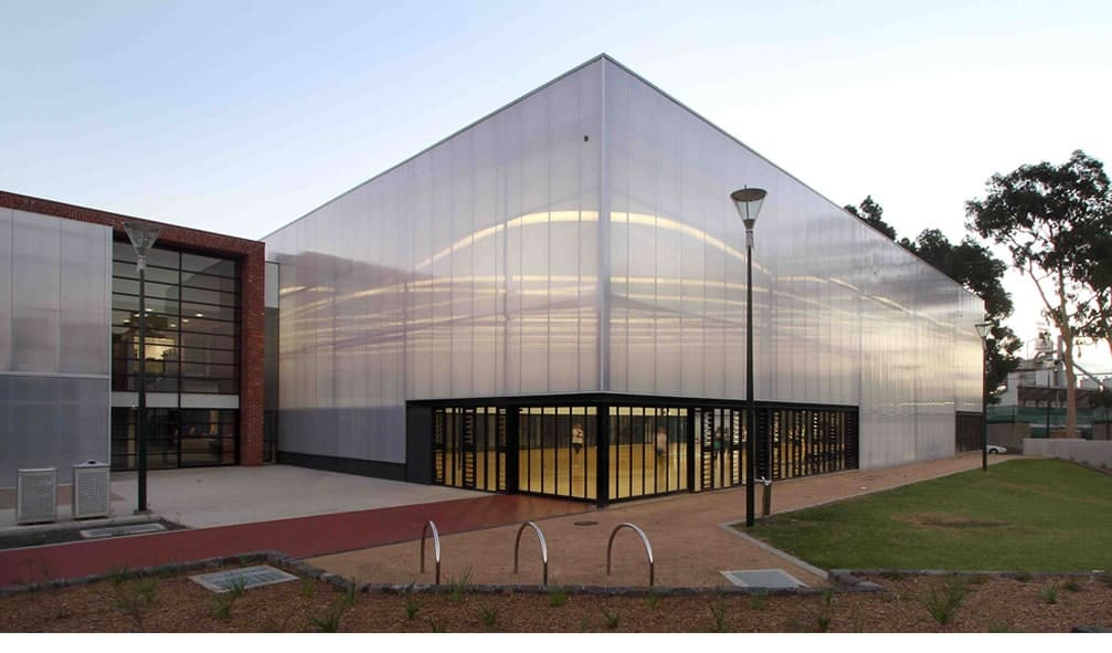 What exactly is translucent facade?