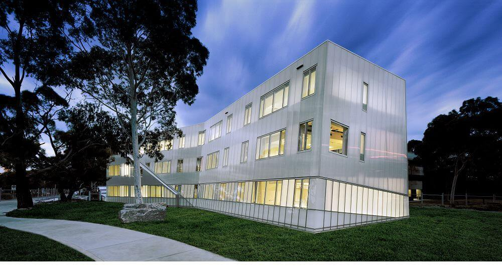 Translucent Facades: Building with Nature in Mind
