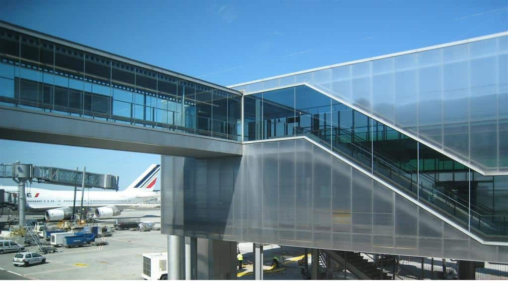 Polycarbonate As A Building Material